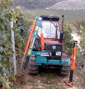 Officina macchine agricole colombardo cimatrici potatrici for Piantapali manuale
